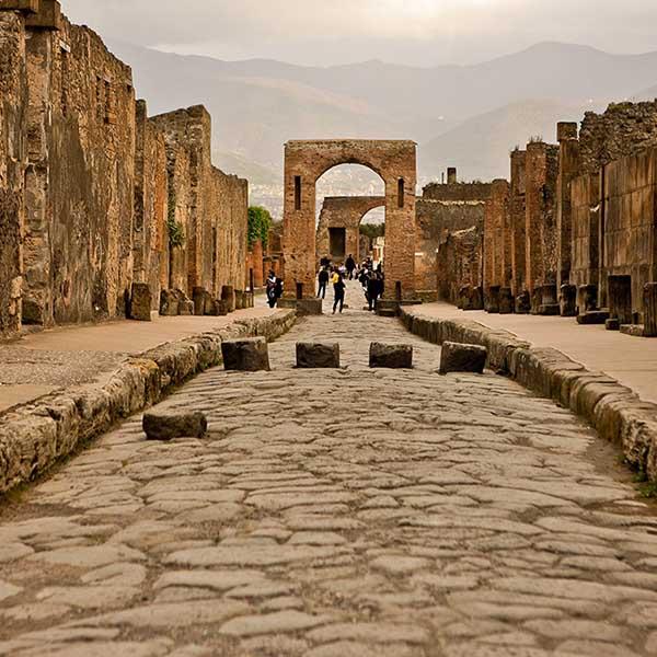 Pompei & Amalfi